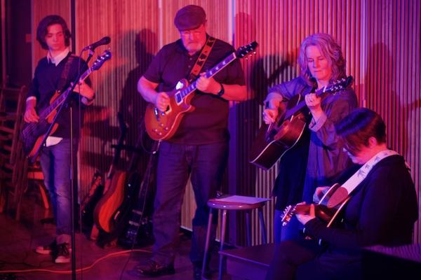 Acoustic Guitar Lessons | Edmonton Guitar Music School